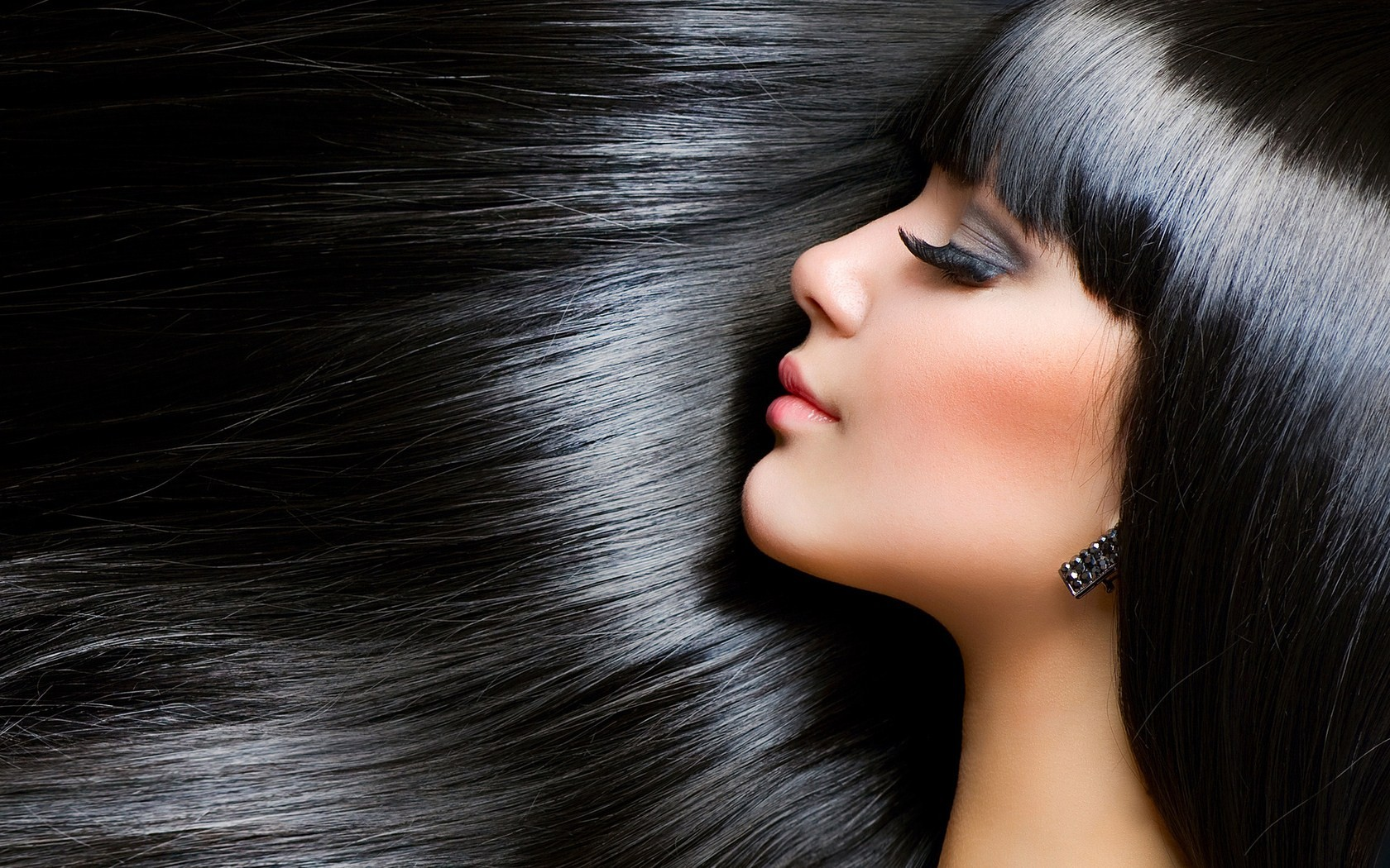 5 Best Hair Serum for Healthy Shining Hair in India