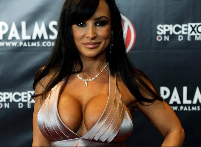 Lisa Ann porn actress